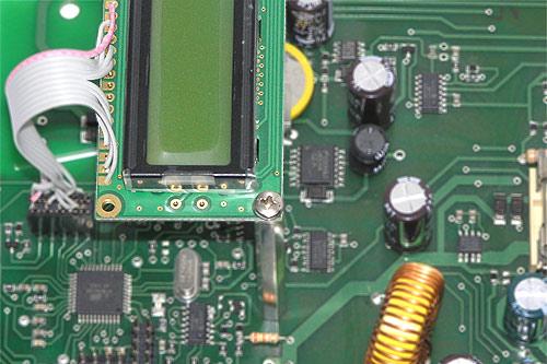 CZE+ - vyvíjíme na zakázku silnoproudá zařízení jako jsou měniče DC/DC, střídače DC/AC nebo AC/AC širokého spektra výkonů.